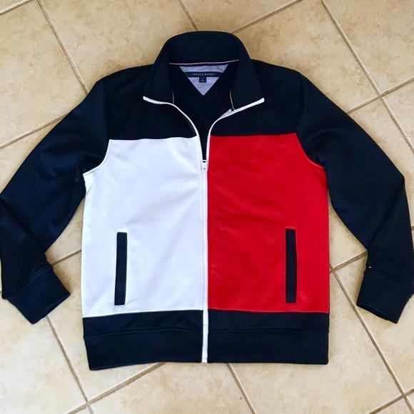 944b643b Tommy Hilfiger Men's Flag Logo Tracksuit Top NWOT.  M_5afa2cb0a6e3eaf0d100190f